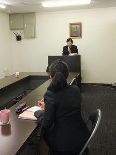 葬祭研修・天木さん.jpg
